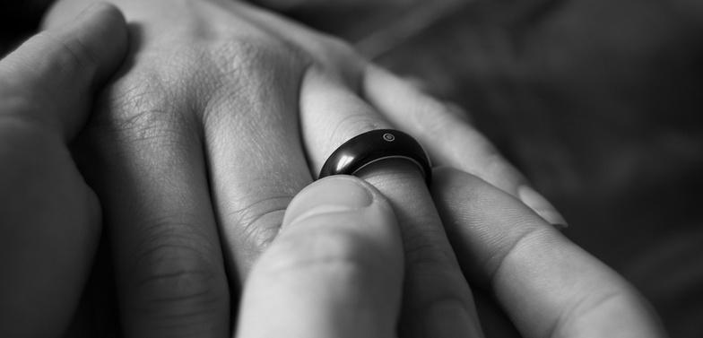 L'anello di fidanzamento storia, tradizioni e guida alla scelta1