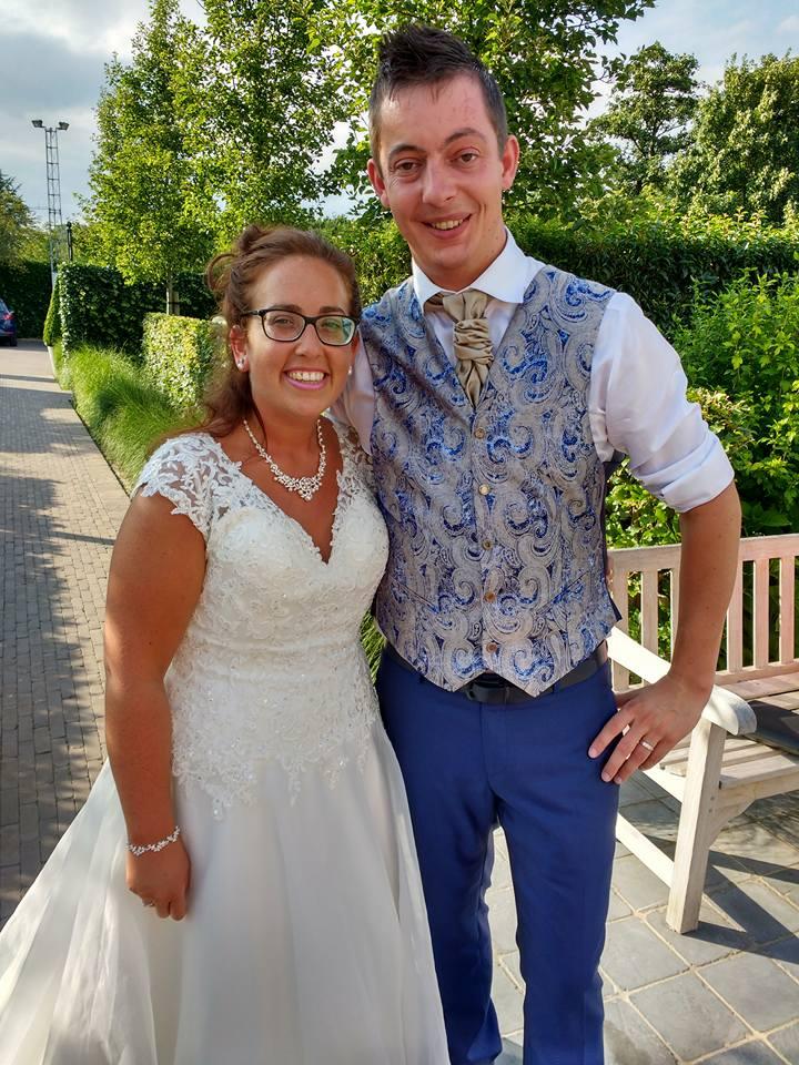 Gli sposi a firma Cleofe Finati