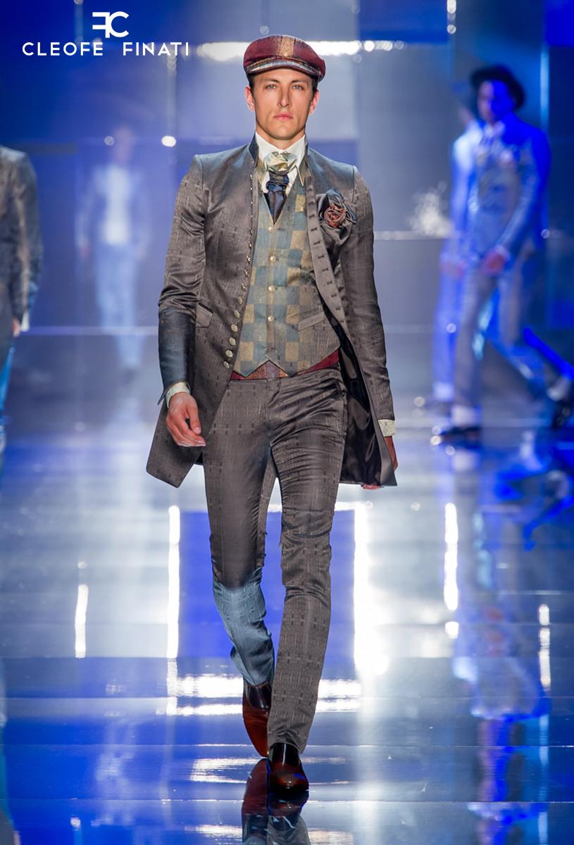 Fausto Di Pino wears a Cleofe Finati suit