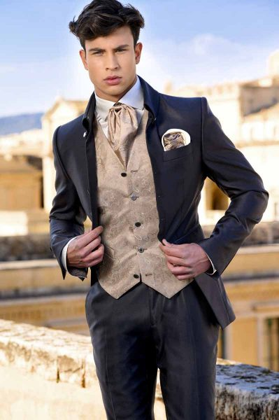 Grey fashion wedding suit 100% made in Italy by Cleofe Finati