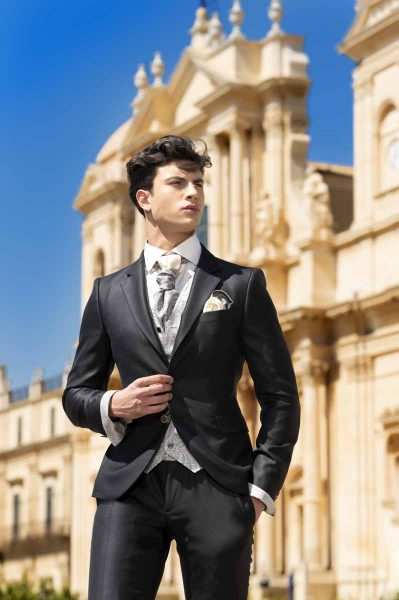 Classic midnight blue 100% made in Italy wedding suit by Cleofe Finati