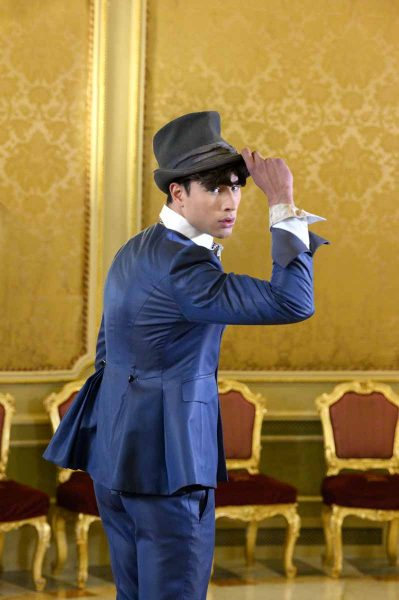 Man demi top hat fashion wedding suit serenity blue 100% made in Italy by Cleofe Finati