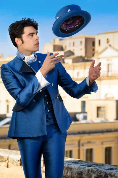 Luxury glamour blue azure men's suit 100% made in Italy by Cleofe Finati