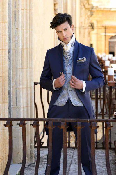 Doppio fazzoletto pochette celeste oro abito da sposo classico azzurro serenity polveroso made in Italy 100% by Cleofe Finati