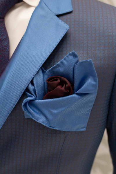 Doppio fazzoletto pochette azzurro cielo e nero bagnato di rosso abito da sposo classico azzurro cielo made in Italy 100% by Cleofe Finati