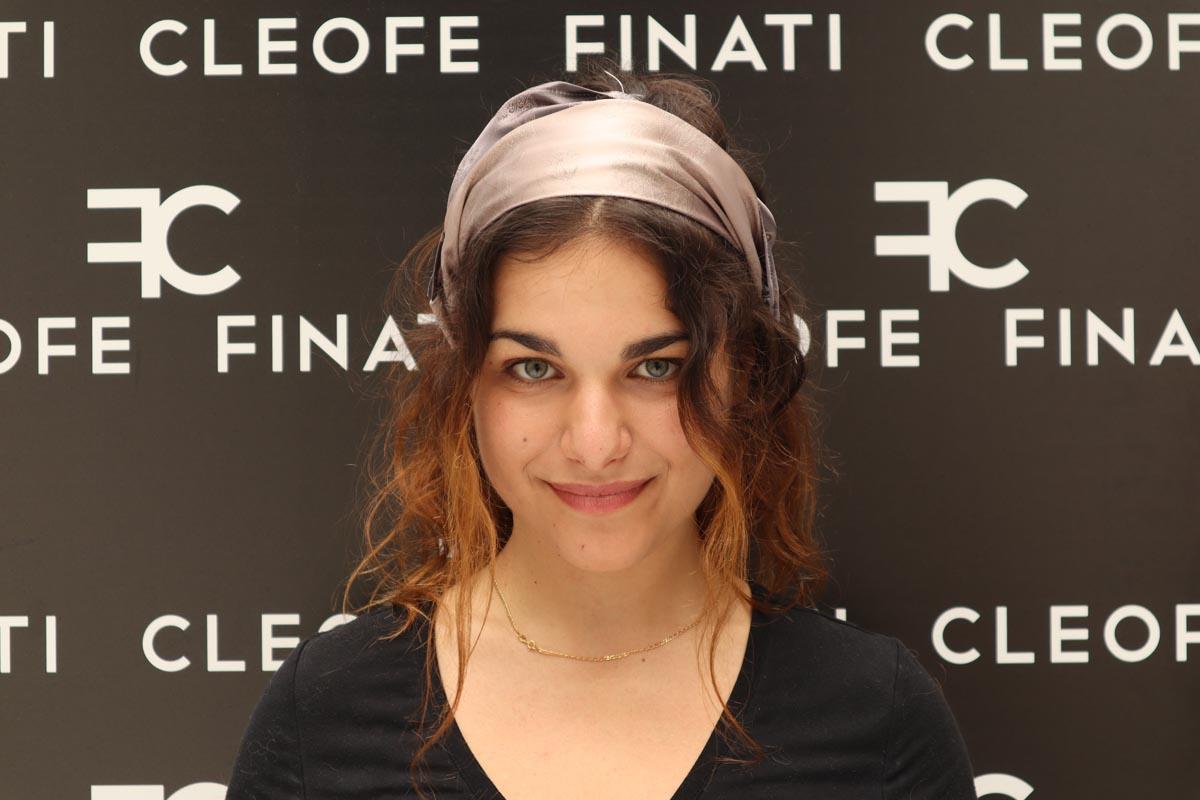 Fascia per capelli beige grigio in seta Made in Italy Camelia by Cleofe Finati