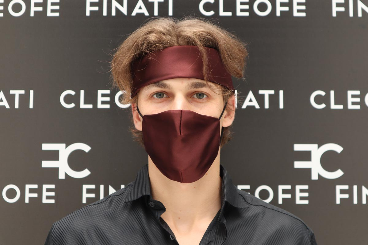 Unisex bordeaux mask in silk Dalia by Cleofe Finati
