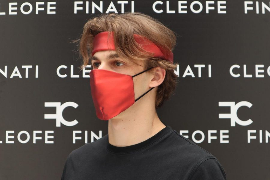 Mascherina unisex in seta rossa glamour Ibisco by Cleofe Finati